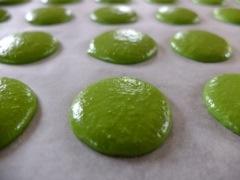green tea macaron prebake