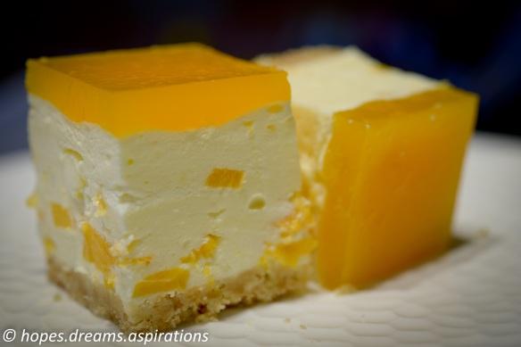 Mango cheesecake squares