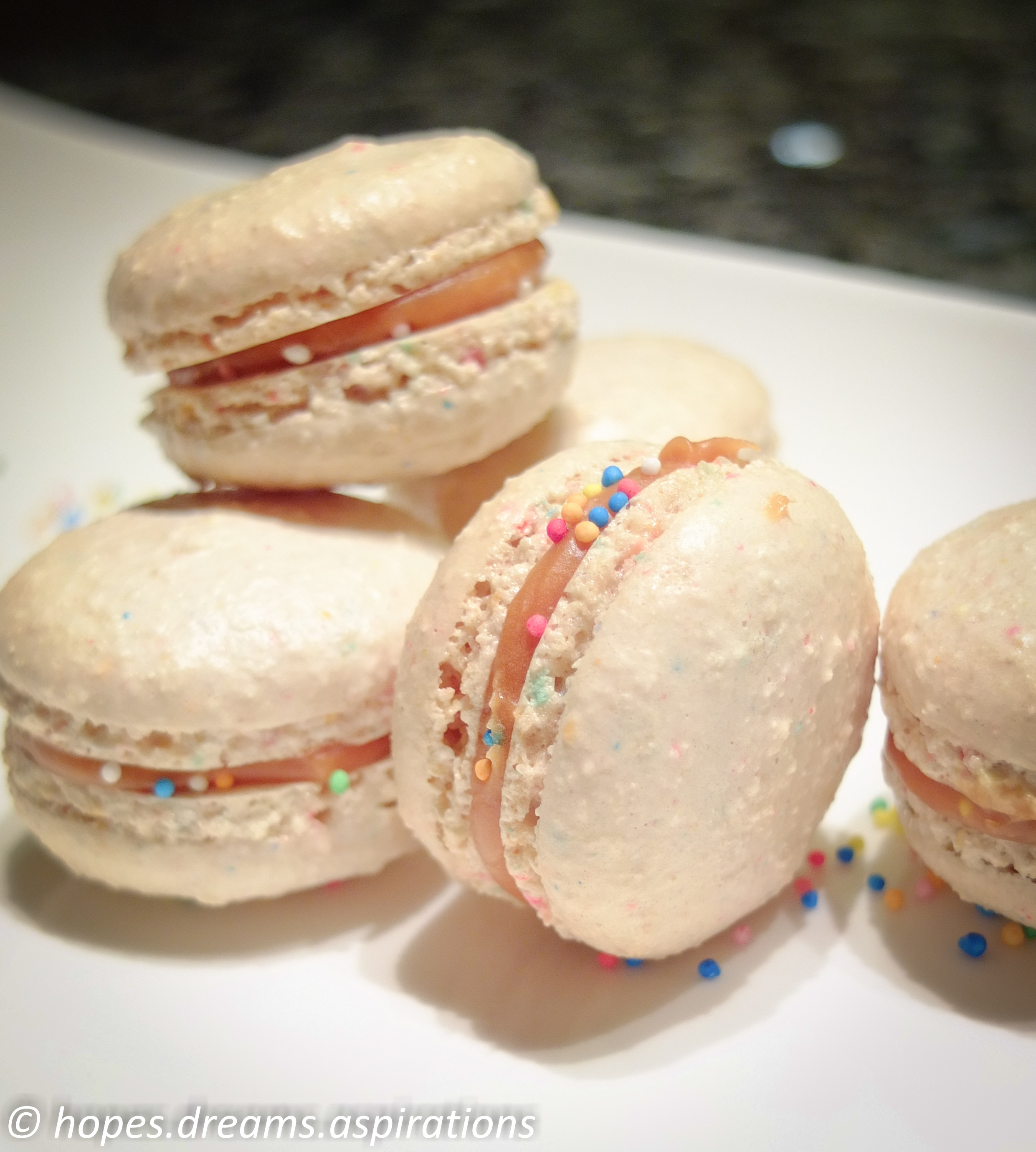 how to make caramel filling for macarons